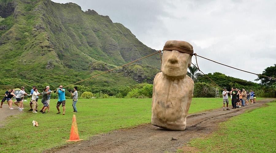 Moai wobbling forward